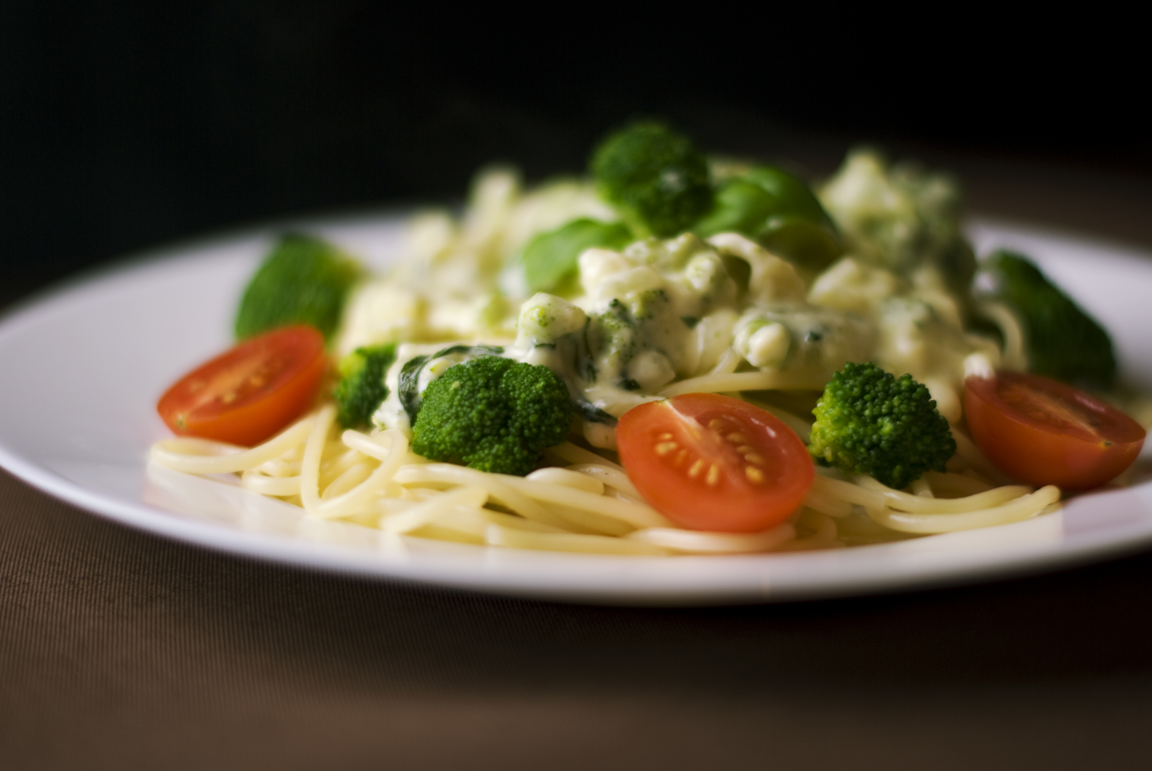 Chicken brocolli alfredo pasta (1)